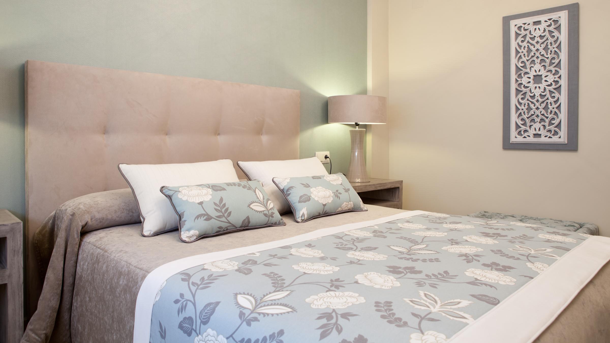 Decoracion cama ideas para decorar la pared de encima de - Feng shui cama ...